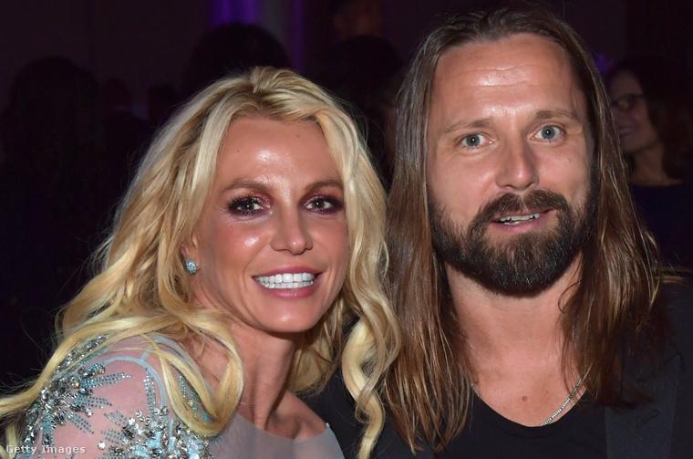 3 közös amerikai No1-juk volt nekik: a ...Baby One More Time, az ómenként is felfogható címmel rendelkező 3, valamint a 2011-es Hold It Against Me. Ez a kép jópár évvel később, 2017-ben készült Max Martinról és Britney Spearsről, akik kb. egymásnak köszönhetik karrierjeiket.