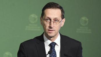 Varga Mihály: Nagyobb lehet a gazdasági visszaesés, mint gondoltuk