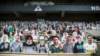 Bábusereg lepte el az egyik német klub stadionját
