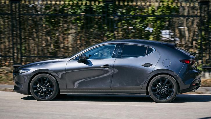 Ha van egy kis szerencsénk, a Mazda fejleszt még Skyactiv-X technológiás motorokat, több lóerővel
