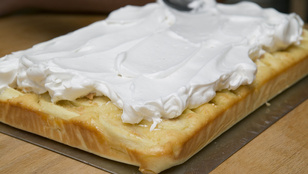 Két dolog, ami együtt még finomabb: almás süti és bodzahab