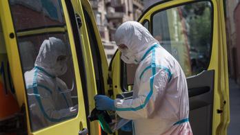 Három beteg meghalt, csökkent az aktív fertőzöttek száma