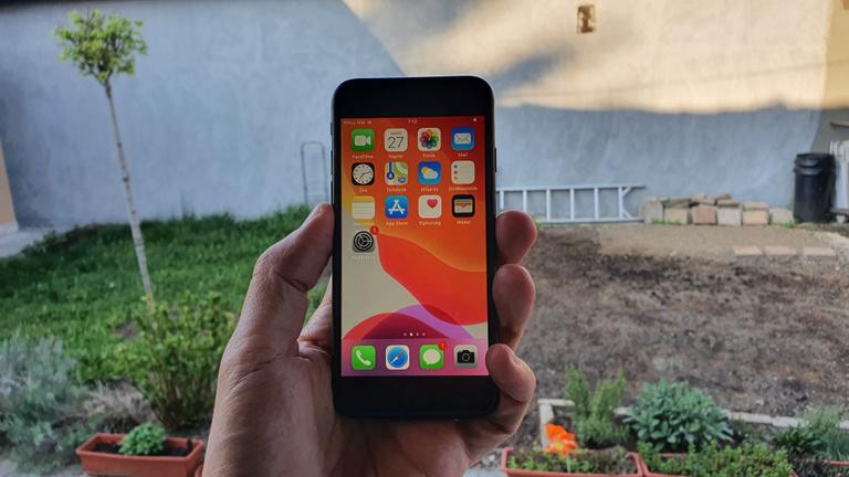 iPhone SE: a normális méretű csúcsmobil