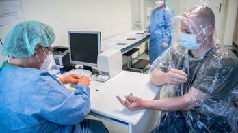 MTA: Kiterjedt tesztelésre és az egészségügy megerősítésére van szükség
