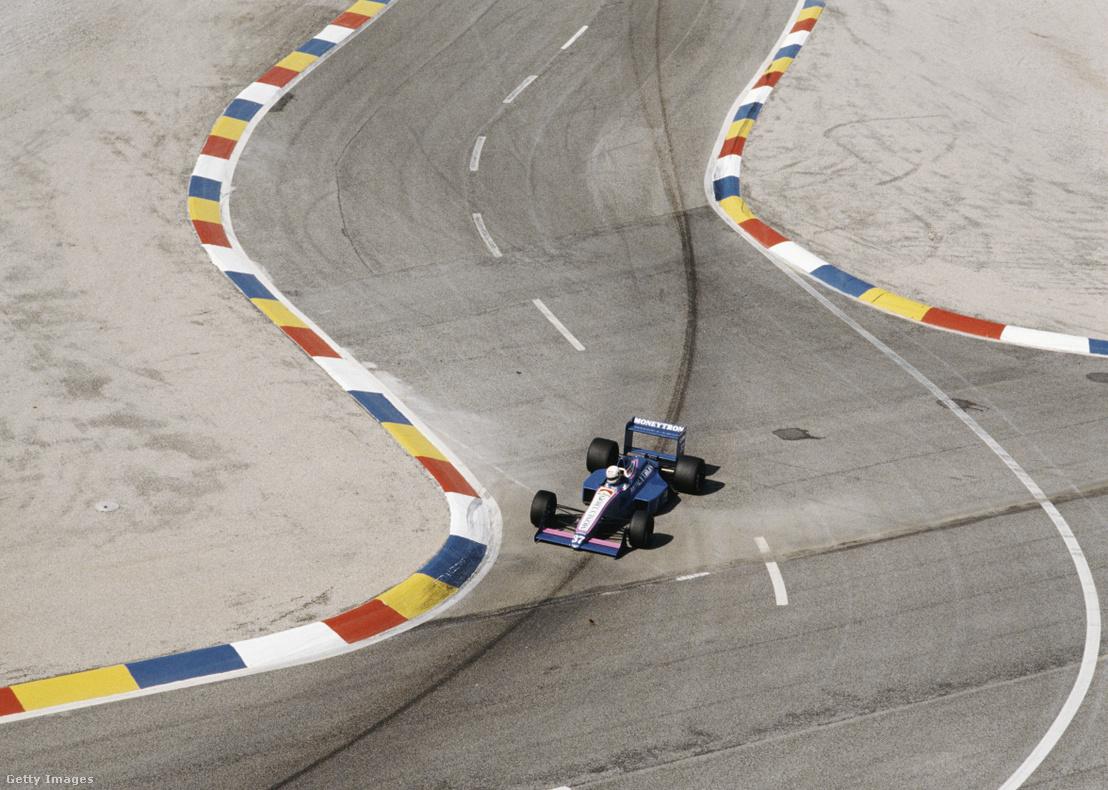 Bertrand Gachot vezeti a One Onyx ORE-1 Ford DFR V8 autót az 1989-es Francia Nagydíjon Le Castellet-ben