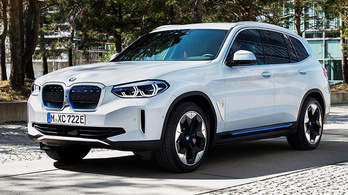 Kiszivárgott képeken a következő villany-BMW
