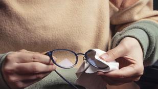 Így tisztítsd meg a szemüveged