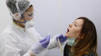 17 ezer embert tesztel koronavírusra a négy orvosi egyetem
