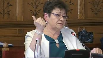 Müller Cecília atatabányai kórházban zárlatot rendelt el