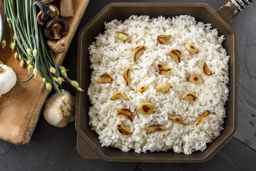 sült fokhagymás rizs recept