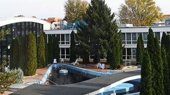 Nagyarányú leépítések lesznek Mészáros Lőrinc szállodáiban