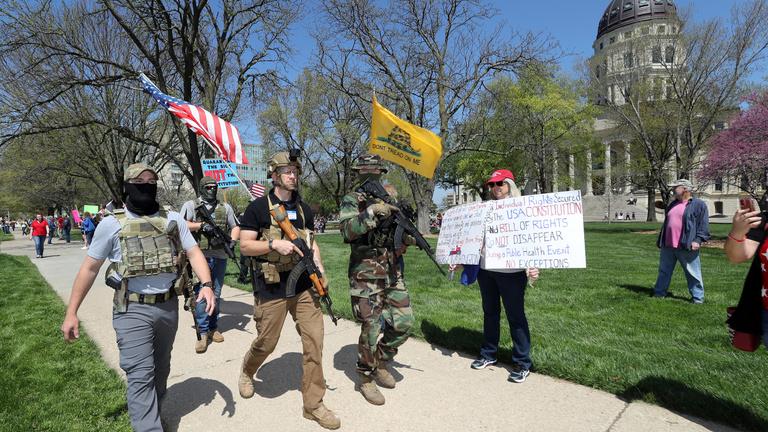 A tüntetésektől a zsarolásig minden előkerült az USA-ban