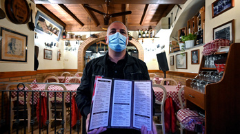 Vendégek nélküli újranyitással tiltakoztak az olasz éttermek
