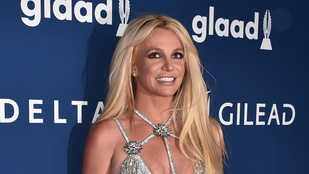 Britney Spears leégette a házi konditermét