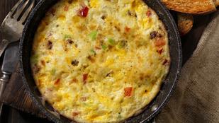 Ha az olasz konyha rajongója vagy, ne hagyd ki ezt a mozzarellás, bazsalikomos frittatát!