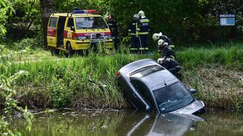Belehajtott egy autós a Holt-Marosba Szegeden