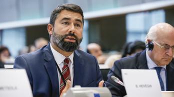 A Fidesz nagyon elégedett a Néppárt migrációs tervezetével