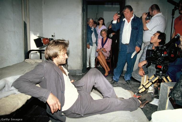 És Diana hercegné ellátogatott egy forgatásra is