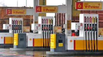 Tizenhárom Shell-kút tart ideiglenesen zárva, felére csökkent a cégcsoport profitja