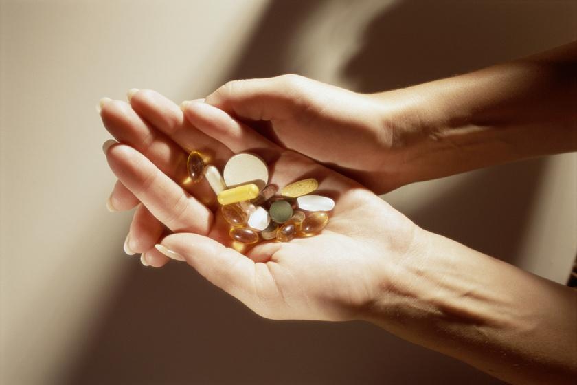 Fontos dologra figyelmeztetnek a laboratóriumok – Így válassz megbízható étrend-kiegészítőt