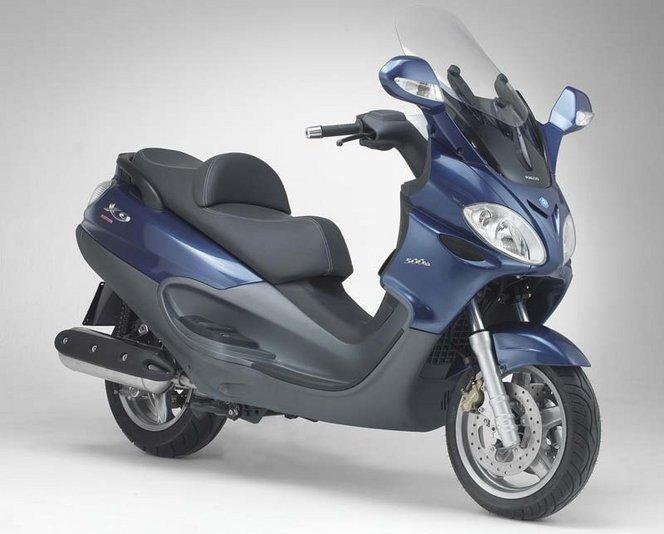 Piaggio-X9-500-EVO-01