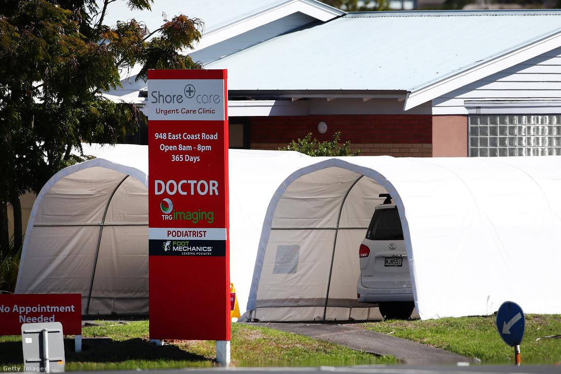 Aucklandi autós koronavírus tesztállomás 2020. április 2-án