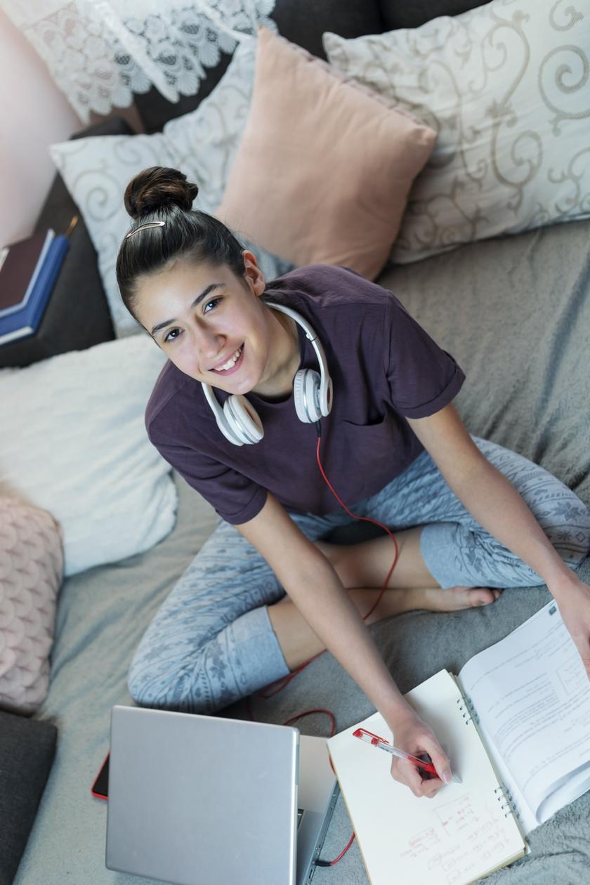 otthon-tanul