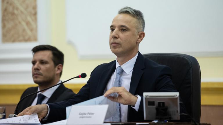 Kispest polgármestere szerint nem mondott olyat, hogy véletlenül jelentették fel az MSZP-s mutyikat vizsgáló momentumost