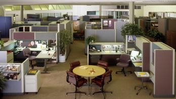 Megint fülkék lesznek az irodákban a járvány miatt