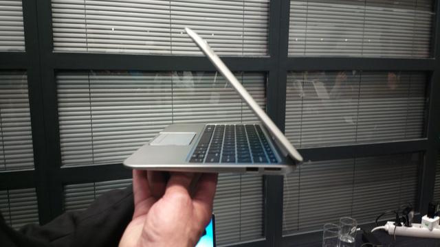 Ugyanaz a laptop billentyűzettel