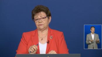Müller: Elsőként a dolgozók fertőződtek meg a tatabányai kórházban - az operatív törzs május 1-i tájékoztatója