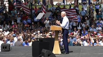 Biden határozottan tagadja a szexuális zaklatást