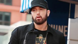 Eminem az éjszaka közepén betörőt talált a nappalijában