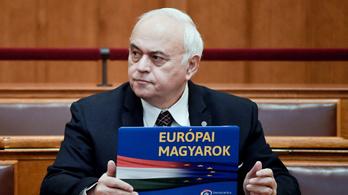 Jogerősen pert nyert a Pesti Srácokkal szemben a DK-s politikus, akit a kampányban szexuális zaklatással vádoltak
