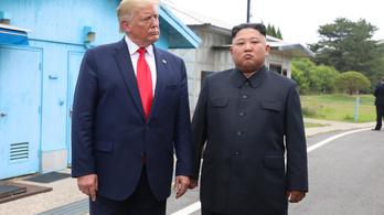 Donald Trump örül, hogy Kim Dzsongun jól van