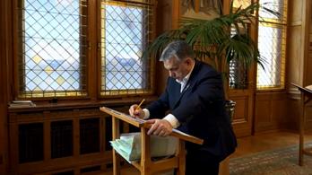 Orbán Viktor levélben köszöntött minden lengyelt Lengyelország nemzeti ünnepén