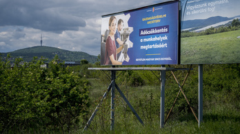 Plakátkampánnyal támad a kormány