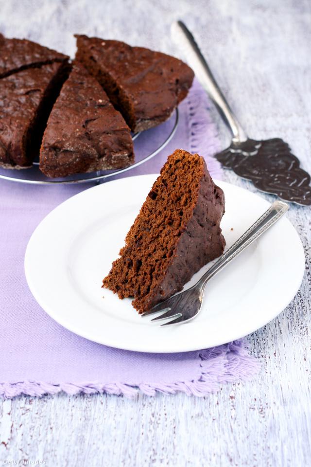 Készíthetjük csokimáz nélkül is, akkor még kevesebb a munka vele, de az íze ugyanolyan fantasztikus marad.