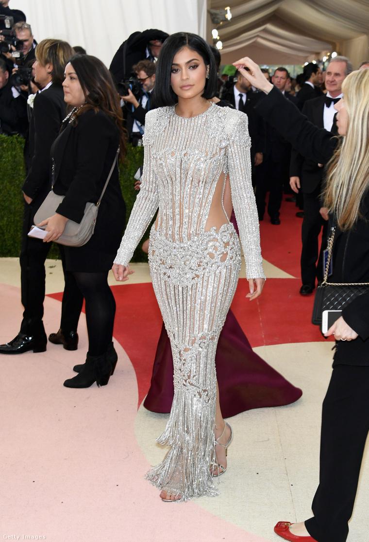 Kylie Jenner a 2016-os MET-gálán