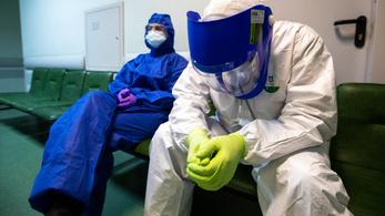 Két hét alatt már a harmadik orosz egészségügyis zuhant le kórházépületből