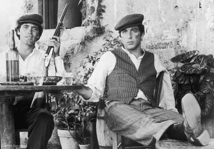 Pacino és Franco Citti a Keresztapa forgatásán, Szicíliában.
