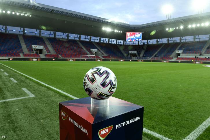 A székesfehérvári Sóstói Stadion 2020. március 11-én.