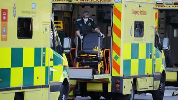 Koronavírus: Nagy-Britanniában 32 ezer fölé emelkedett a halottak száma