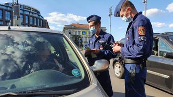 49 embert jelentett fel a rendőrség a hétfői dudálós tüntetésen