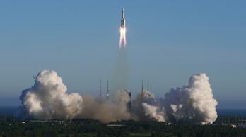 Kína Föld körüli pályára állította az új, kísérleti űrjárművét