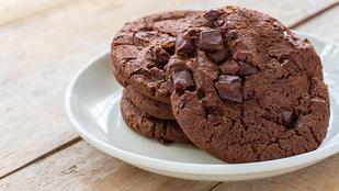 Csokis keksz liszt nélkül – glutén-, tej- és cukormentesen