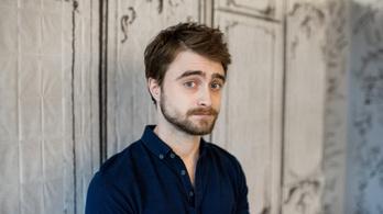 Daniel Radcliffe David Beckhamékkel olvassa fel az első Harry Pottert