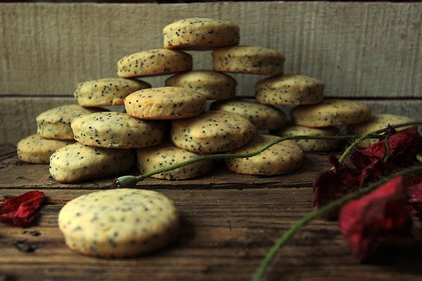 Mákos-citromos keksz a mama régi receptje alapján – A tészta sokáig eláll a mélyhűtőben