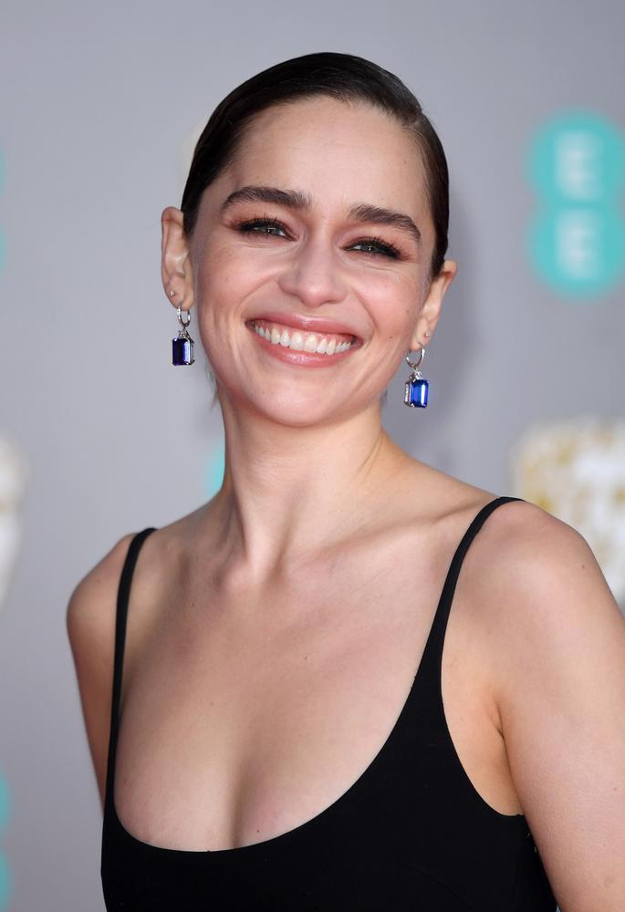 Emilia ClarkeA 33 éves színésznő a sorozattal párhuzamosan több filmben is szerepelt, de egyikben sem tudott akkorát alakítani, mint Daenerys Targaryen szerepében