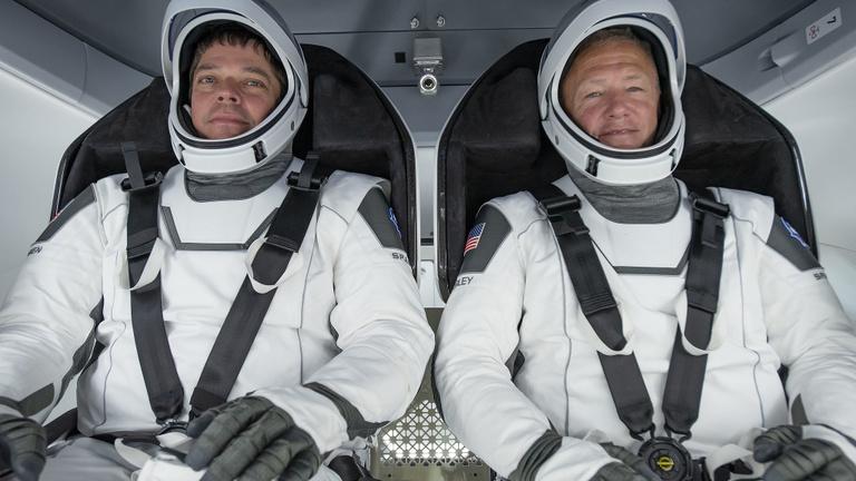 Amerika a járvány közepén újra embert küld az űrbe